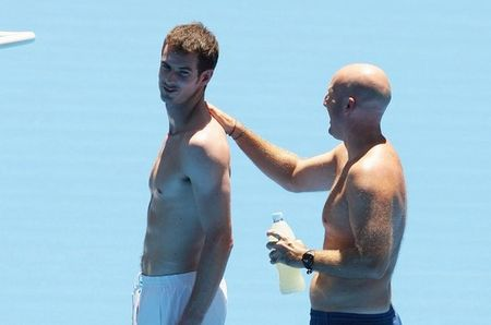 Andy Murray Practice in Aussie 10