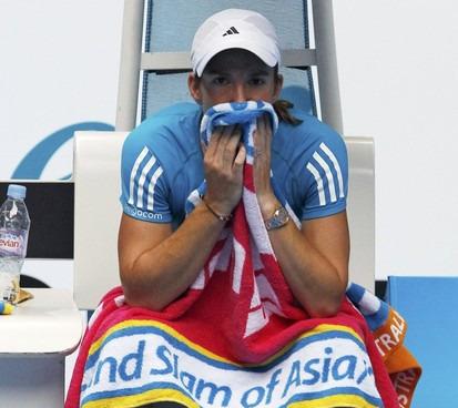 Justine Henin 3rd R AO10 Win
