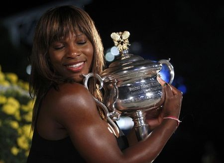 Serena Williams AO10 Win r 2