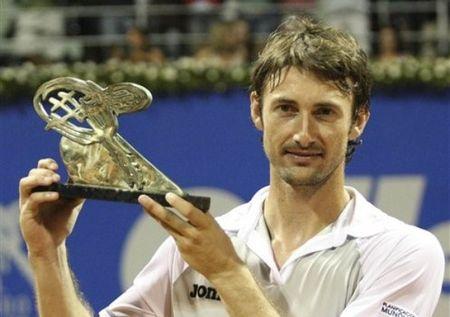 Juan Carlos Ferrero Wins Costa do Sauipe 10 ap