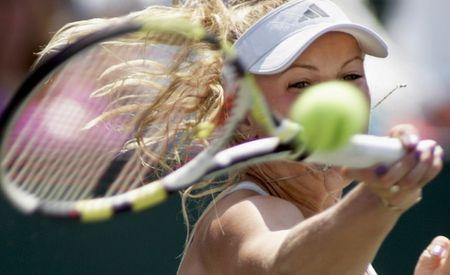 Caroline Wozniacki 3rd R Win Charleston.10 r
