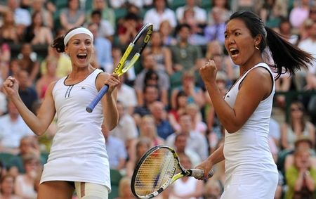 Womens Doubles Winners Wimbledon.10 g