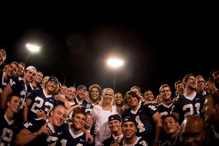 Caroline Wozniacki With Yale Football Team New Haven.10 2 tw