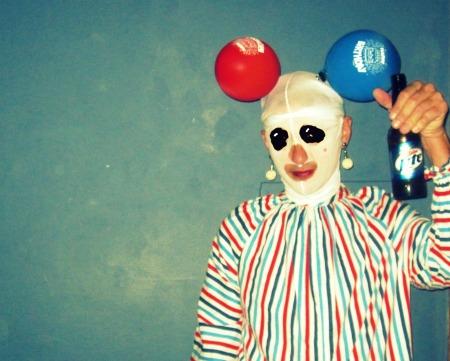 1 Clown
