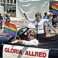 08 Gloria Allred