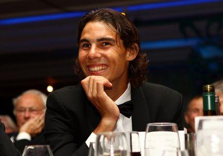 Rafael Nadal Wimbledon.10 Ball 3