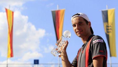 Albert Montanes Wins Stuttgart.10 r
