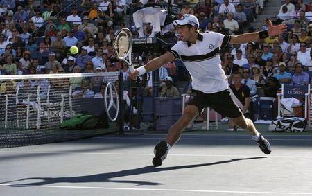 Novak Djokovic USO.10 Volley r