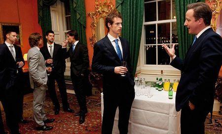 London O2.10 Finalists Visit 10 Downing 4