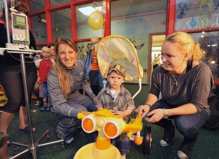 Caroline Wozniacki Viktoria Azarenka Charity Exo g