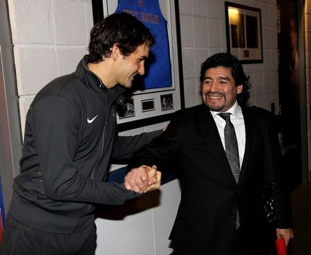 Roger Federer London O2.10 with Maradona g