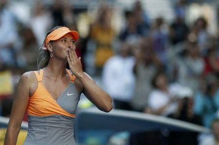 Maria Sharapova AO11 2nd R Win r