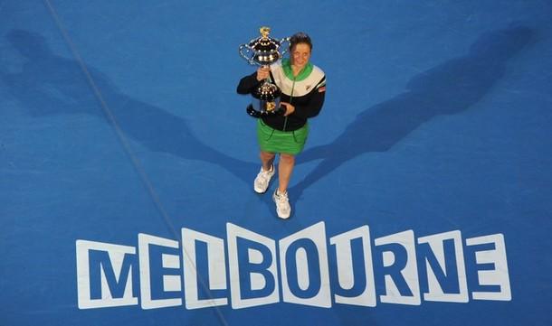 Kim Clijsters AO11 Trophy Melbourne g