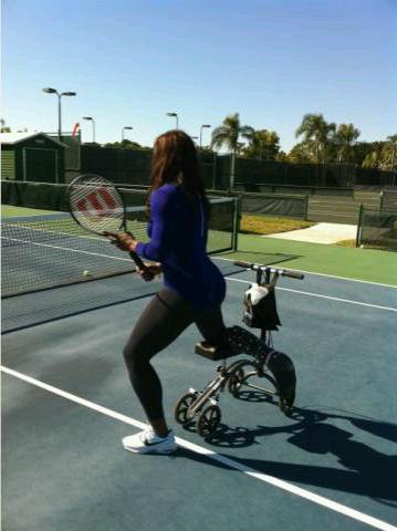 Serena Williams Practice with Bum Foot
