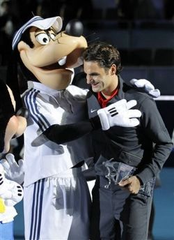 Roger Federer Madrid Exo.10 With Goofy ap