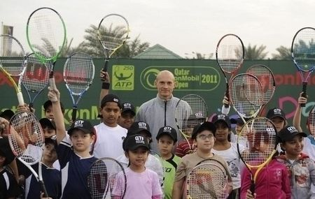 Nikolay Davydenko Doha.11 Kids Day