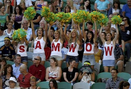 Samantha Stosur AO11 Fan for 2nd R Win r