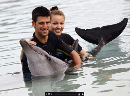 Novak Djokovic Dubai.11 Dolphins 3