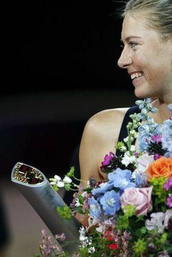 Maria Sharapova Stuttgart 2012 Winner r
