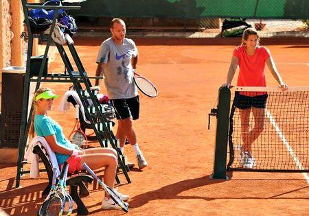 Victoria Azarenka Roland Garros 2012 Training w Amelie Mauresmo