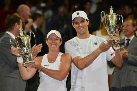 Lisa Raymond & Mike Bryan Wimbledon 2012 Mixed Winners g