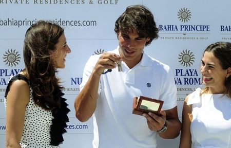 Rafael Nadal Keys to New Home 1 r