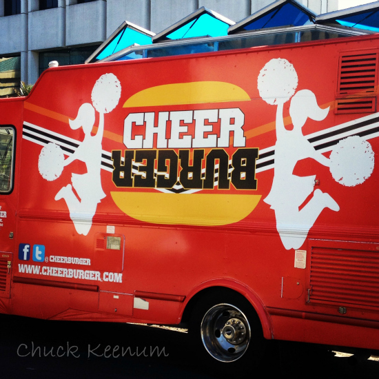 Cheer Burger Truck - Lens Angeles