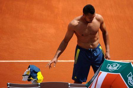 Jo-Wilfried Tsonga French Open 2013 2nd Round Win Shirtless