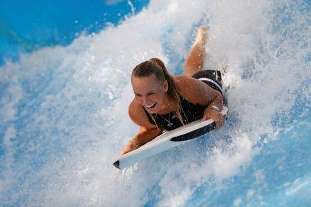 Caroline Wozniacki Surfs