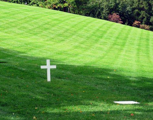 24 Arlington: Sen. Kennedy's Grave