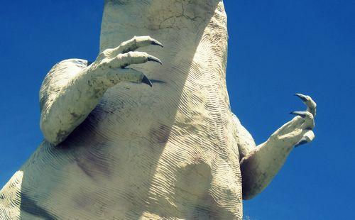 06 T Rex Claws