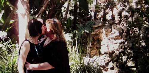 10 A Kiss