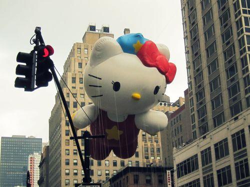 23 Hello Kitty