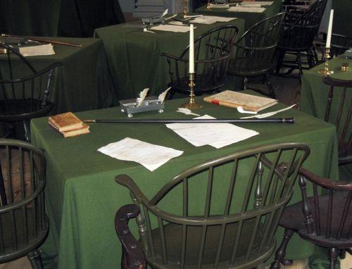 22 Jefferson's Desk