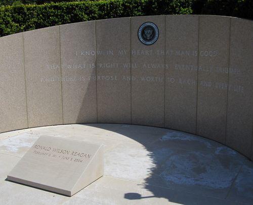 25 Reagan Memorial