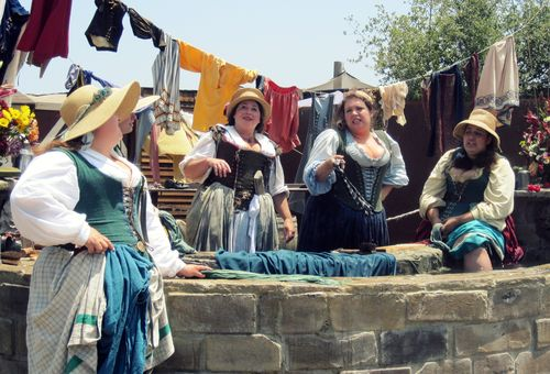 10 Wishing Well Wenches