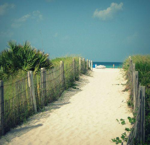13 Pathway to Beach