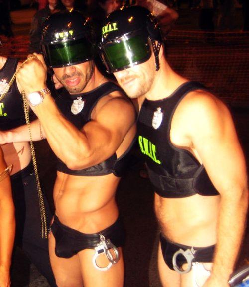 01 SWAT